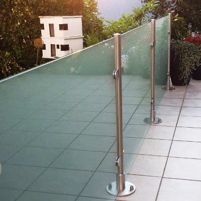 Glas-Sichtschutz für Balkon, Garten & Terrasse - Meitinger ...